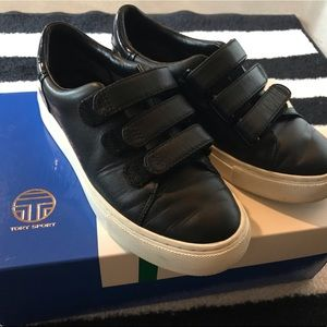 Like New Auth Tory Burch Leather Sneakers